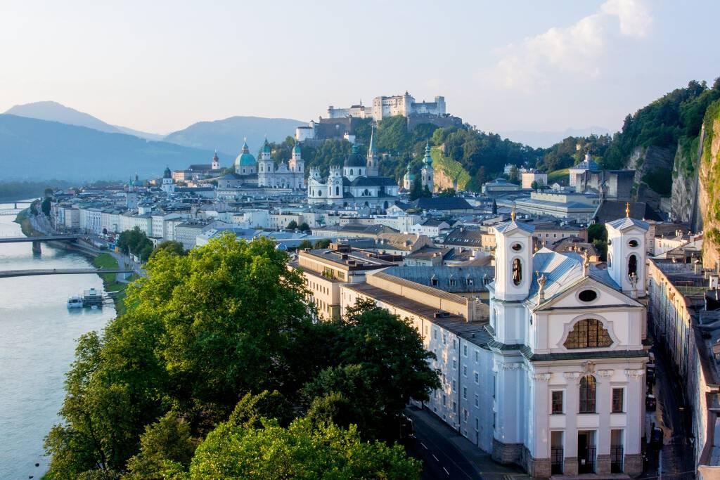 Salzburg liegt in Österreich
