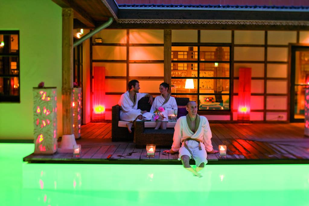 Die große Sauna- und Badewelt der Bali Therme