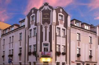 Hotel U Divadla - nahe Karlsbrücke • Prag