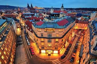 a&o Prag Rhea - Mit den a&o Hotels wird euer Städtetrip in Prag ganz sicher ein tolles Erlebnis! Der a&o Hotelgutschein bietet maximale Flexibilität und den absoluten Bestpreis.