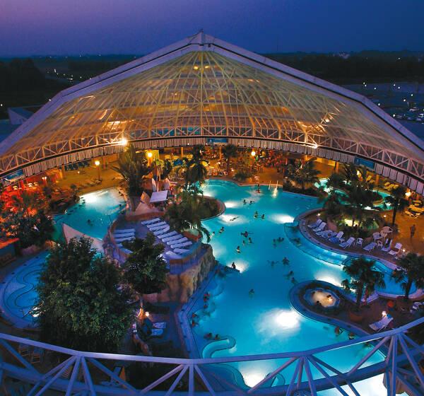 Therme Erding mit Hotelübernachtung ab 77 Euro
